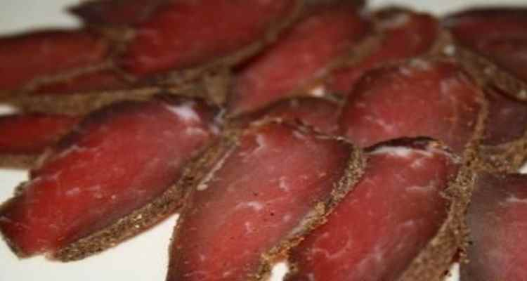 Соления мяса в домашних условиях